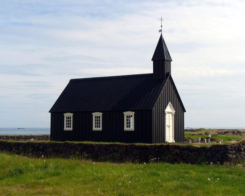 abandoned places búðakirkja