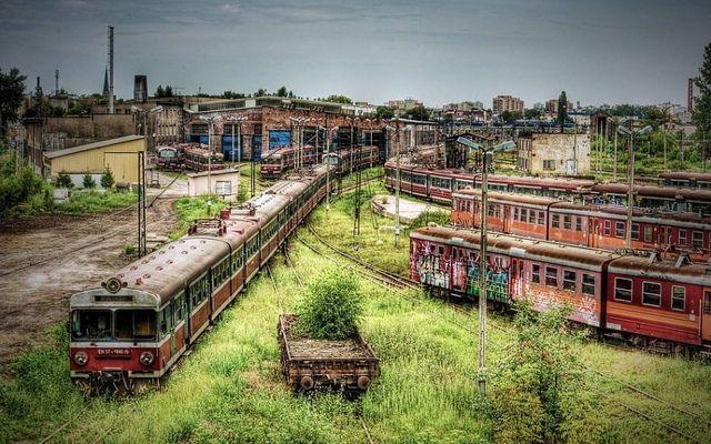 abandoned places częstochowa train depot, poland