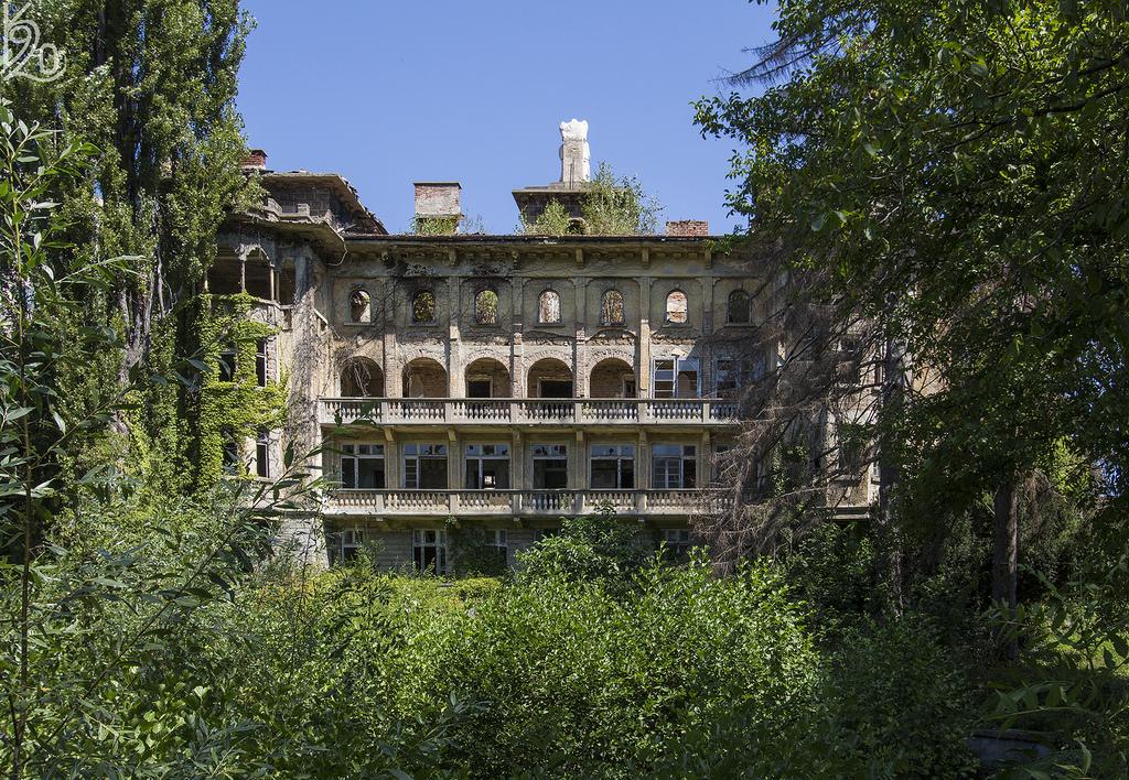 penchosemov abandoned house