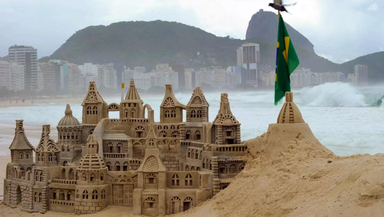 The Copacabana among sandcastles