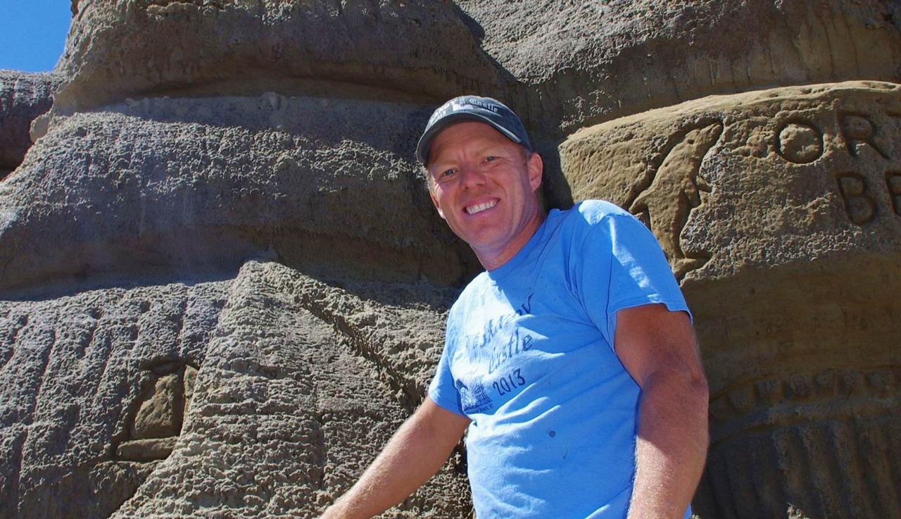 Ed Jarrett sandcastles