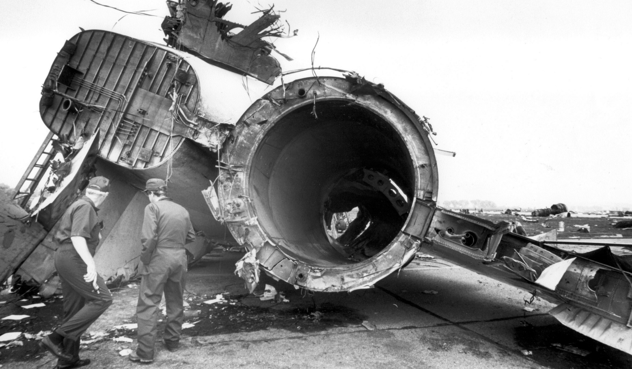 Captain Alfred C. Haynes among plane crash survivors