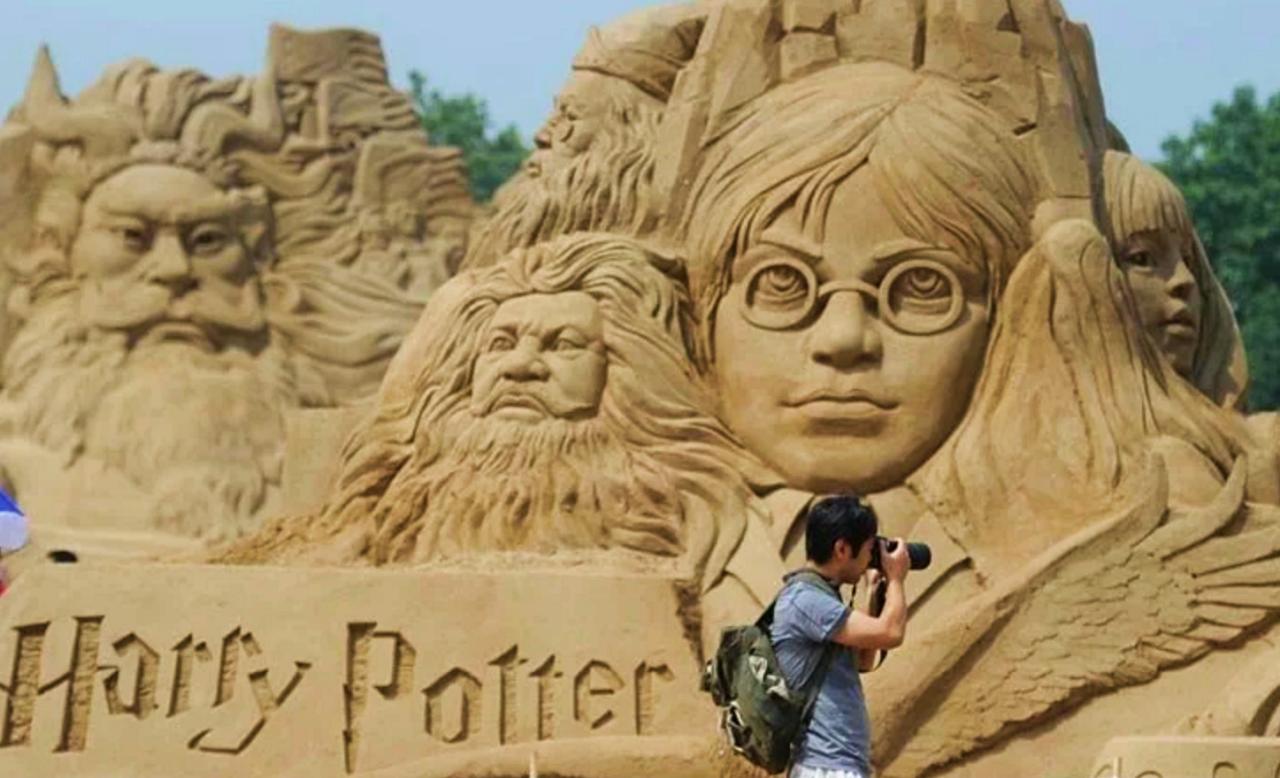 Harry Potter among sandcastles