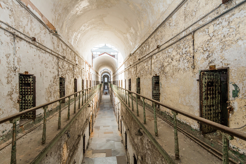 eastern-state-penitentiary-pennsylvania-usa-old-scary-prison