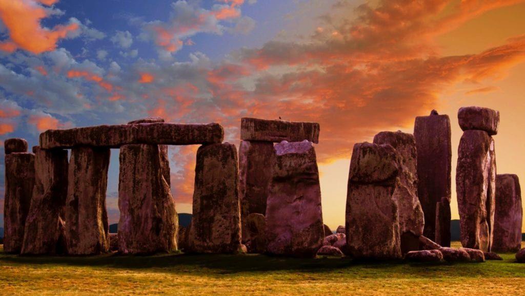 stonehenge-1024x578