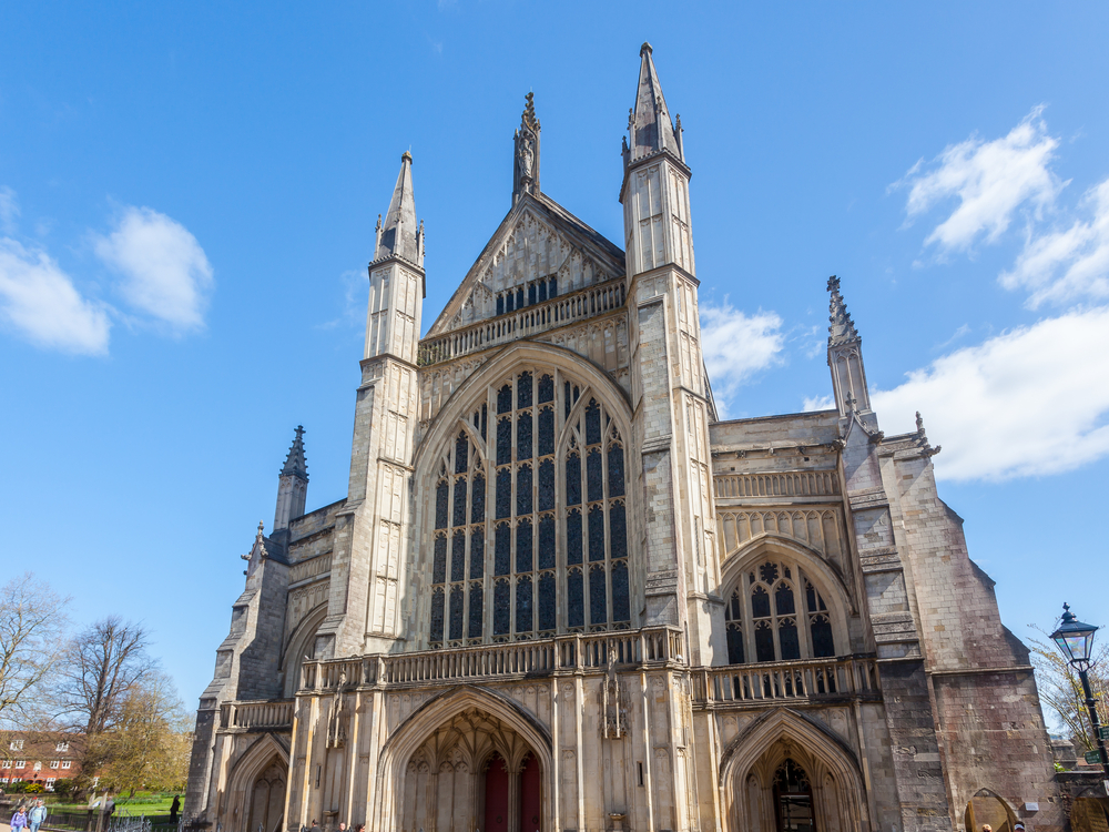 winchester-cathedral-england-uk-europe