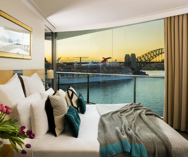 Pullman Quay Grand Suites Sydney
